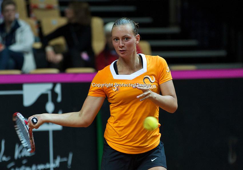 2016, 12 April, Arena Loire, Trélazè,  Semifinal FedCup, France-Netherlands, Cindy Burger (NED)<br /> Photo:Tennisimages/Henk Koster