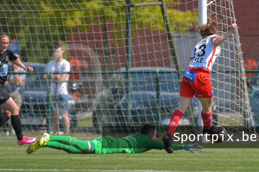 Geena Lisa Buyle (13) of Zulte Waregem and goalkeeper Willeke Willems (1) of Woluwe  pictured during a female soccer game between SV Zulte - Waregem and White Star Woluwe on the 10 th and last matchday in play off 2 of the 2020 - 2021 season of Belgian Scooore Womens Super League , saturday 29 of May 2021  in Zulte , Belgium . PHOTO SPORTPIX.BE   SPP   DIRK VUYLSTEKE