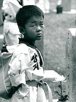 Schüler auf dem Nationalfriedhof, Seoul, Korea 1986
