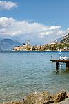 Italy, Veneto, Lake Garda, Malcesine: old town with castle | Italien, Venetien, Gardasee, Malcesine: Altstadt und Scaligerburg |
