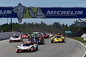 #6 Acura Team Penske Acura DPi, P: Dane Cameron, Juan Pablo Montoya leads the field at the green flag.