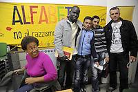 """- Milano, corsi di lingua italiana per immigrati organizzati dall'associazione Onlus """"Alfabeti""""<br /> <br /> - Milan, courses of Italian language for immigrants organized by the non-profit organization """"Alfabeti"""""""