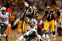 The Pittsburgh Steelers play against the New York Jets at Heinz Field in Pittsburgh, Pennsylvania during the AFC Championship game on January 23, 2011 (Jared Wickerham/Wick Photography for the New York Times)