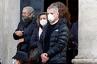 Actor Maurizio Mattioli and Paola Gassman during the funeral of the Italian actor Gigi Proietti. The actor was taken to the Globe Theatre for a short ceremony before the one in the church of Artist in Piazza del popolo.<br /> Rome (Italy), November 5th 2020<br /> Photo Samantha Zucchi Insidefoto