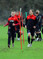 Pictured L-R: Mark Gower and Andrea Orlandi. Thursday 01 April 2010<br />