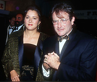 Robin Williams and wife Marsha Garces 1990<br /> Photo By John Barrett/PHOTOlink