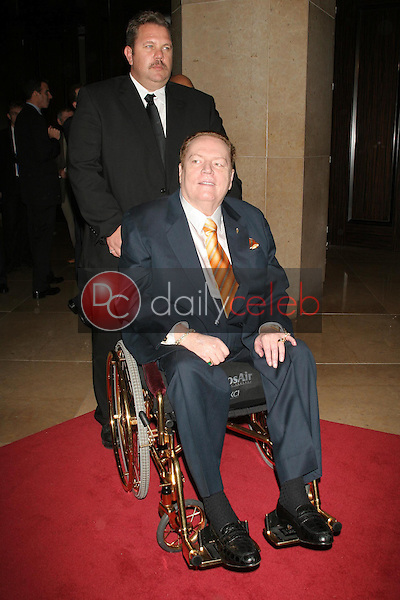 """Larry Flynt<br />at """"An Evening with Larry King and Friends"""" fundraising gala. The Beverly Hilton Hotel, Beverly Hills, CA. 11-21-06<br />Dave Edwards/DailyCeleb.com 818-249-4998"""