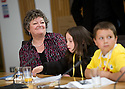 09/06/2010   Copyright  Pic : James Stewart.010_msp_presentation  .::  HELIX PROJECT ::  KIDS FROM THE GREEN TEAM GIVE THEIR PRESENTATION IN ONE OF THE COMMITTEE ROOMS AT SCOTTISH PARLIAMENT   ::.