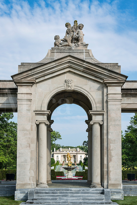 The Colonnade, Nemours Mansion and Gardens, Wilmington, Delaware, USA