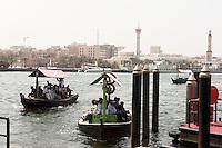 Vereinigte arabische Emirate (VAE), Dubai, Abra (Boote) am Creek