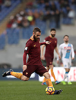 Roma's Daniele De Rossi kicks the ball during the Serie A soccer match between Roma and Napoli at the Olympic stadium, 4 March 2017.<br /> UPDATE IMAGES PRESS/Isabella Bonotto