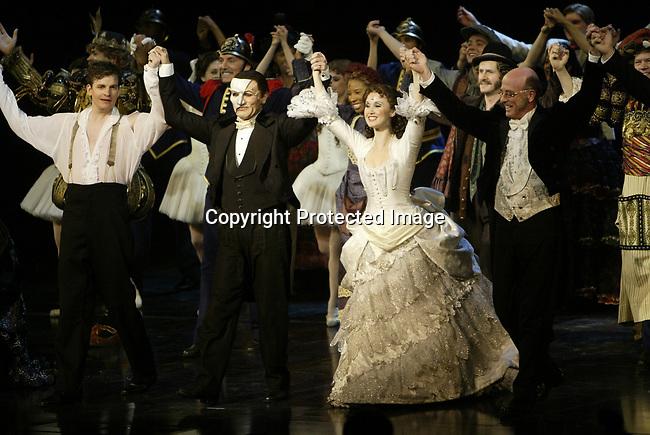 "6/24/06,Las Vegas,Nevada  --- The cast of  ""Phantom – The Las Vegas Spectacular"" take their opening night bows at the Venetian Resort in Las Vegas. --- Chris Farina"