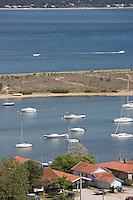 Europe/France/Aquitaine/Gironde/Bassin d'Arcachon/Cap Ferret: depuis le sommet du phare vue sur le village des pécheurs, le bassin