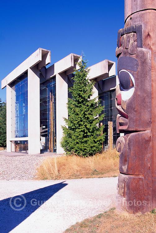 Haida Totem Pole and Museum of Anthropology, University of British Columbia (UBC), Vancouver, BC, British Columbia, Canada - Arthur Erickson Architect