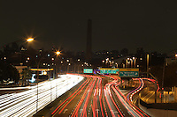 SAO PAULO,  SP, 23/03/2013, OBELISCO APAGADO. O Obelisco do Pq. do Ibirapuera ja apagado, participando da Hora do Planeta 2013. LUIZ GUARNIERI/BRAZIL PHOTO PRESS.