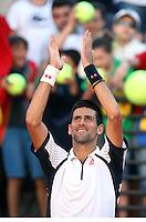 Il serbo Novak Djokovic saluta il pubblico durante gli Internazionali d'Italia di tennis a Roma, 14 Maggio 2013..Serbia's Novak Djokovic greets fans during the Italian Open Tennis tournament ATP Master 1000 in Rome, 14 May 2013.UPDATE IMAGES PRESS/Riccardo De Luca..