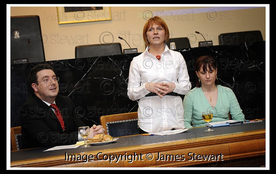 14/03/2008    Copyright Pic: James Stewart.File Name : 09_CSP_Launch.COMMUNITY SUPPORT PACK LAUNCH :: 13TH MARCH 2008.HANIA SMITH CHAIRS THE LAUNCH.....James Stewart Photo Agency 19 Carronlea Drive, Falkirk. FK2 8DN      Vat Reg No. 607 6932 25.Studio      : +44 (0)1324 611191 .Mobile      : +44 (0)7721 416997.E-mail  :  jim@jspa.co.uk.If you require further information then contact Jim Stewart on any of the numbers above........