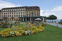 Europe/Suisse/Jura Suisse/ Neuchatel: L'esplanade du Mont Blanc , l'Hôtel Beau Rivage,et les bords du Lac de Neuchâtel