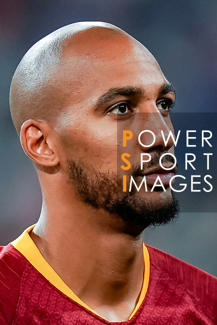 Steven Nzonzi of Roma reacts prior to the UEFA Champions League 2018-19 match between Real Madrid and Roma at Estadio Santiago Bernabeu on September 19 2018 in Madrid, Spain. Photo by Diego Souto / Power Sport Images