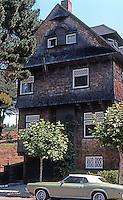 San Francisco: Queen Anne House, Corner of Presidio & Pacific.  Photo '76.