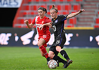 Noemie Gelders (10) of Standard  pictured with Laura Deloose (14) of Anderlecht during a female soccer game between Standard Femina de Liege and RSC Anderlecht on the 8th matchday in play off 1 of the 2020 - 2021 season of Belgian Scooore Womens Super League , tuesday 18 th of May 2021  in Angleur , Belgium . PHOTO SPORTPIX.BE | SPP | DAVID CATRY