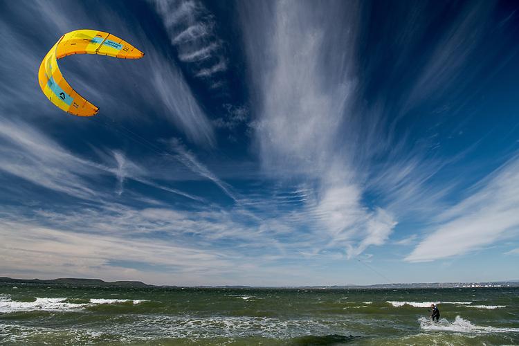 Kite Surf sur la plage du Jaï - Marignane