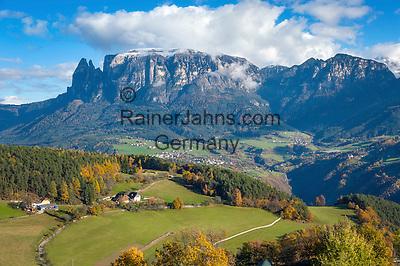 Italy, Alto Adige-Trentino (South Tyrol), Renon: view across Soprabolzano into the Dolomites with snowcapped Sciliar (2.563 m)   Italien, Suedtirol, Alto Adige-Trentino, auf dem Ritten: Blick von Oberbozen am Ritten in die Dolomiten mit dem schneebedeckten Schlern (2.563 m)