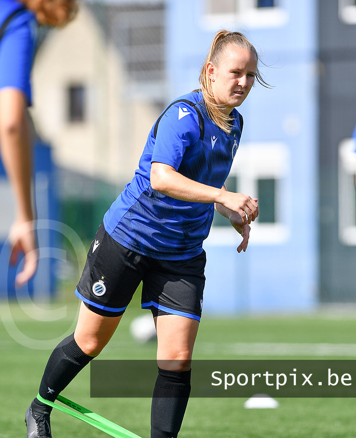 Brugge's Elle Decorte pictured during a female soccer game between Club Brugge Dames YLA and Racing Genk Ladies on the second matchday of the 2020 - 2021 season of Belgian Scooore Women s SuperLeague , saturday 5 th of September 2020  in Brugge , Belgium . PHOTO SPORTPIX.BE | SPP | DAVID CATRY