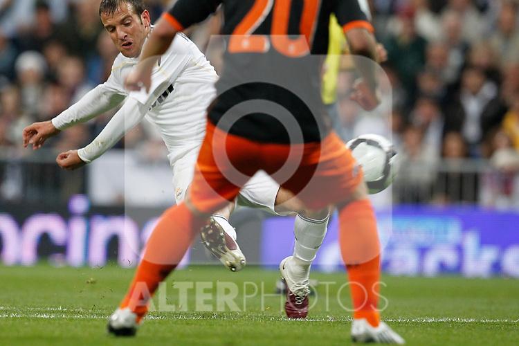 MADRID (18/04/2010).- Spanish League match Real Madrid vs Valencia. Rafael van der Vaart ...Photo: Alex Cid-Fuentes / ALFAQUI