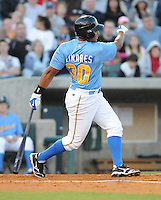 April 10, 2009: Infielder Donell Linares (30) of the Myrtle Beach Pelicans, Class A affiliate of the Atlanta Braves, in a game against the Wilmington Blue Rocks at BB&T Coastal Field in Myrtle Beach, S.C. Photo by:  Tom Priddy/Four Seam Images