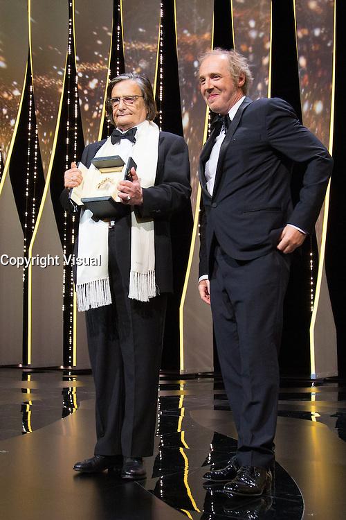 Jean-Pierre Leaud, Arnaud Desplechin - CANNES 2016 - CEREMONIE DE CLOTURE - PALMARES