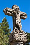 Spain, Gran Canaria, Cruz de Tejeda: Stone cross marking centre of island | Spanien, Gran Canaria, Cruz de Tejeda: Kreuz von Tedjeda im Mittelpunkt der Insel