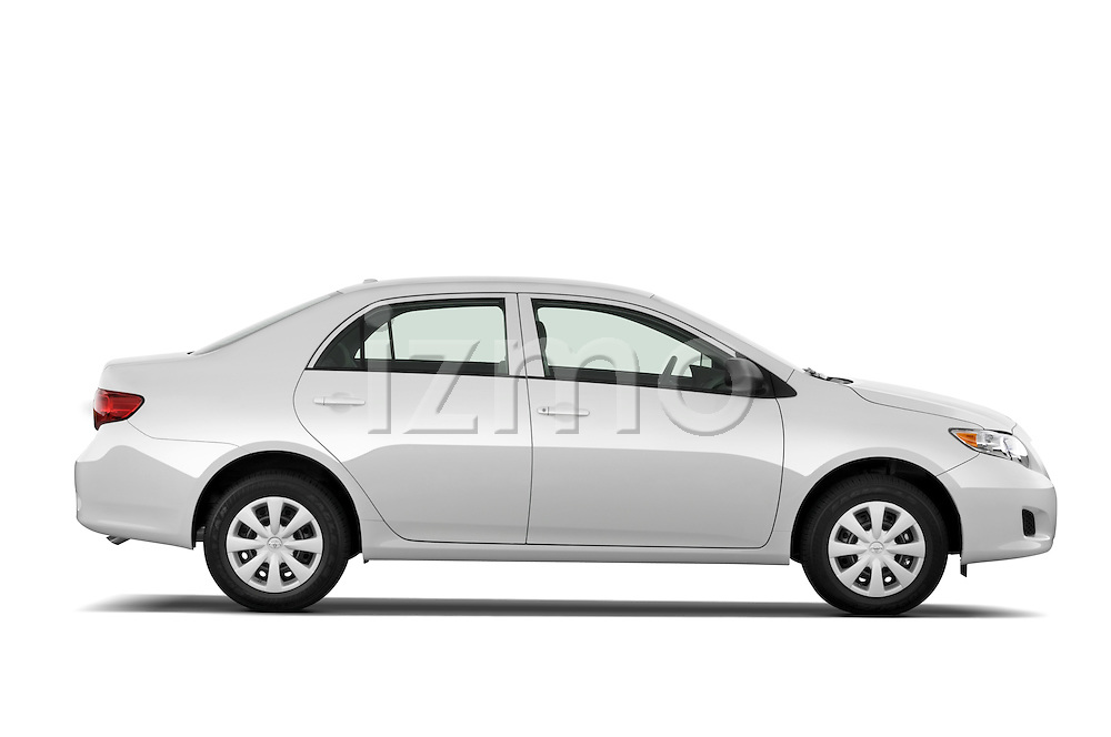 Passenger side profile view of a 2009 Toyota Corolla 4 Door.