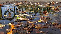 herbstlicher Agra Park / Agrapark Markkleeberg / Schild / Eingang an der Bosnischen Straße / Portal / Graffiti / Messepark / Logo.Foto: aif / Norman Rembarz.Jegliche kommerzielle wie redaktionelle Nutzung ist honorar- und mehrwertsteuerpflichtig! Persönlichkeitsrechte sind zu wahren. Es wird keine Haftung übernommen bei Verletzung von Rechten Dritter. Autoren-Nennung gem. §13 UrhGes. wird verlangt. Weitergabe an Dritte nur nach  vorheriger Absprache. Online-Nutzung ist separat kostenpflichtig...