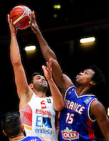 Spain's Felipe Reyes (L) vies with France's Mickael Gelabale (R) during European championship semi-final basketball match between France and Spain on September 17, 2015 in Lille, France  (credit image & photo: Pedja Milosavljevic / STARSPORT)
