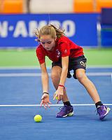 Rotterdam, Netherlands, December 18, 2015,  Topsport Centrum, Lotto NK Tennis, Wheelchair semifinal : Ballgirl<br /> Photo: Tennisimages/Henk Koster