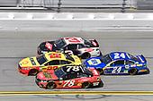 2017 NASCAR Cup - Clash at Daytona<br /> Daytona International Speedway, Daytona Beach, FL USA<br /> Sunday 19 February 2017<br /> Martin Truex Jr, 5-hour ENERGY Extra Strength Toyota Camry, Joey Logano and Chase Elliott<br /> World Copyright: Nigel Kinrade/LAT Images<br /> <br /> ref: Digital Image 17DAY1nk04307
