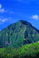 The majestic Koolaua Mountains located on the island of Oahu.