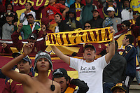 TUNJA -COLOMBIA-1-MAYO-2016.Hinchas  del Tolima contra Patriotas FCdurante partido por la fecha 16 de Liga Águila I 2016 jugado en el estadio La Independencia./Fans of Tolima against Patriotas FC during the match for the date 16 of the Aguila League I 2016 played at La Independencia stadium in Tunja. Photo: VizzorImage / César Melgarejo  / Contribuidor