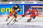 Eishockey: Deutschland – Tschechien am 01.05.2021 in der ARENA Nürnberger Versicherung in Nürnberg<br /> <br /> Deutschlands Tobias Eder (Nr.9) gegen Tschechiens David Skienicka (Nr.9)<br /> <br /> Foto © Duckwitz/osnapix/PIX-Sportfotos *** Foto ist honorarpflichtig! *** Auf Anfrage in hoeherer Qualitaet/Aufloesung. Belegexemplar erbeten. Veroeffentlichung ausschliesslich fuer journalistisch-publizistische Zwecke. For editorial use only.