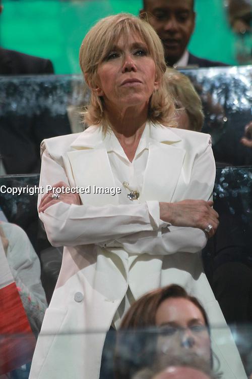 BRIGITTE MACRON - MEETING D'EMMANUEL MACRON A L'ACCORHOTEL ARENA BERCY A PARIS, LE 17/04/2017.