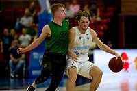 GRONINGEN - Basketbal, Donar - Groen Uilen, voorbereiding seizoen 2021-2022, 21-08-2021,  Donar speler Austin Luke  met David Scholten