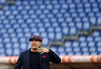 Football, Serie A: AS Roma - Bologna, Olympic stadium, Rome, April 11, 2021. <br /> Bologna's coach Sinisa Mihajlovic speaks to his players during the Italian Serie A football match between AS Roma and Bologna at Rome's Olympic stadium, Rome, on April 11, 2021.  <br /> UPDATE IMAGES PRESS/Isabella Bonotto