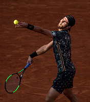 Paris, France, 3 june, 2019, Tennis, French Open,   Karen Khachanov (RUS) in his match against  Juan Martin Del Potro (ARG) <br /> Photo: Henk Koster/tennisimages.com
