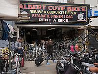 Fahrradhändler am Albert Cuyp Markt  beim Rembrandsplein, Amsterdam, Provinz Nordholland, Niederlande<br /> bicycle dealer at Albert Cuyp Market  near Rembrandsplein, Amsterdam, Province North Holland, Netherlands