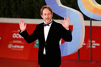 The vice mayor of Rome Luca Bergamo poses for photographers on the red carpet of the 15th edition of Rome film Fest.<br /> Rome (Italy), October 15th 2020<br /> Photo Samantha Zucchi Insidefoto