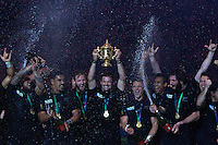 Richie McCaw of New Zealand lifts the Webb Ellis trophy as the All Blacks celebrate after wining the Rugby World Cup Final between New Zealand and Australia - 31/10/2015 - Twickenham Stadium, London<br /> Mandatory Credit: Rob Munro/Stewart Communications  during the Rugby World Cup Final between New Zealand and Australia - 31/10/2015 - Twickenham Stadium, London<br /> Mandatory Credit: Rob Munro/Stewart Communications