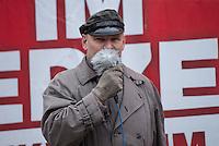 """35 Neonazis der NPD hielten am Samstag den 7. Februar 2015 auf dem Hamburger Gaensemarkt eine Kundgebung im Hamburger  Wahlkampf der Buergerschaftswahl 2015 ab. Mehrere tausend Menschen protestierten gegen die Kundgebung der Neonazis.<br /> Im Bild: Der mehrfach vorbestrafte Neonazi Thomas """"Steiner"""" Wulff. Wulff ist NPD-Landesvorsitzender in Hamburg. Seinen Spitznamen hat er dem dem Obergruppenfuehrer der Waffen-SS Felix Steiner entliehen.<br /> 7.2.2015, Hamburg<br /> Copyright: Christian-Ditsch.de<br /> [Inhaltsveraendernde Manipulation des Fotos nur nach ausdruecklicher Genehmigung des Fotografen. Vereinbarungen ueber Abtretung von Persoenlichkeitsrechten/Model Release der abgebildeten Person/Personen liegen nicht vor. NO MODEL RELEASE! Nur fuer Redaktionelle Zwecke. Don't publish without copyright Christian-Ditsch.de, Veroeffentlichung nur mit Fotografennennung, sowie gegen Honorar, MwSt. und Beleg. Konto: I N G - D i B a, IBAN DE58500105175400192269, BIC INGDDEFFXXX, Kontakt: post@christian-ditsch.de<br /> Bei der Bearbeitung der Dateiinformationen darf die Urheberkennzeichnung in den EXIF- und  IPTC-Daten nicht entfernt werden, diese sind in digitalen Medien nach §95c UrhG rechtlich geschuetzt. Der Urhebervermerk wird gemaess §13 UrhG verlangt.]"""