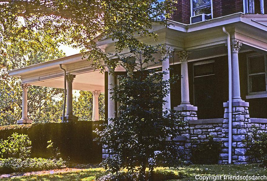 Alton: Floss House, 302 Prospect, c. 1898. Photo '77.