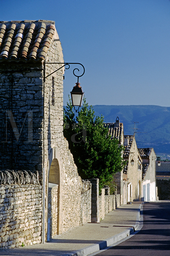 Stone houses & street lamps in the village of GORDES  - PROVENCE, FRANCE